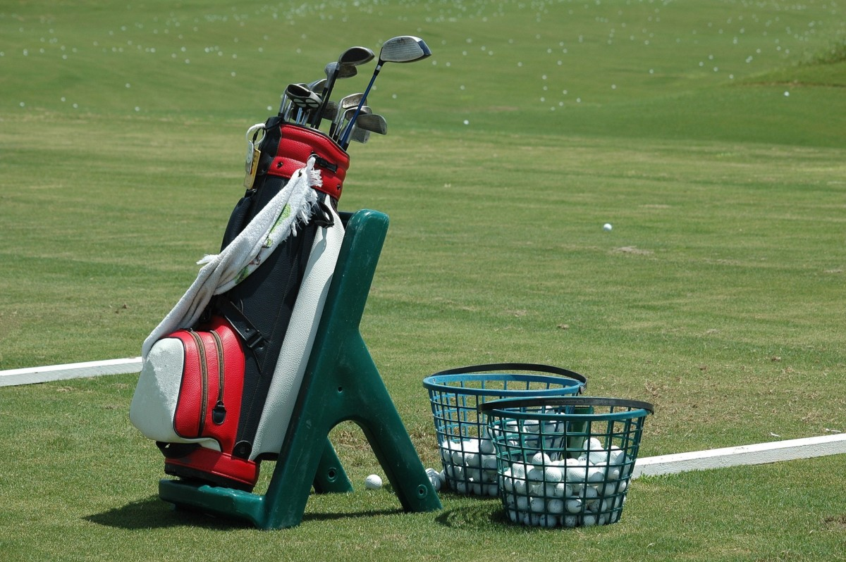 Learn how to change your golf gear to suit your needs and prevent hand and wrist injuries